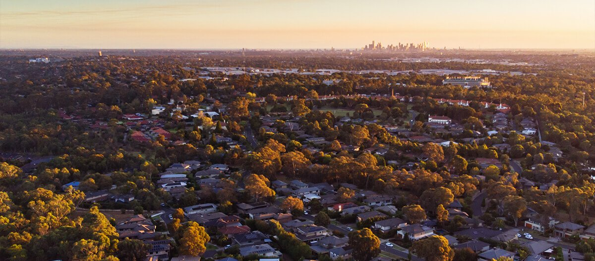 Melbourne suburbs at sunset - Moving to Melbourne from Brisbane - Austate Removals